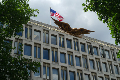 american-embassy-eagle