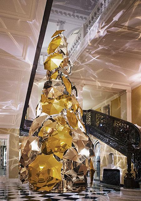 claridges-hotel-london-christmas-tree
