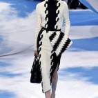 One Look|<b> Christian Dior</b>