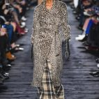 One Look| <b>Max Mara</b>