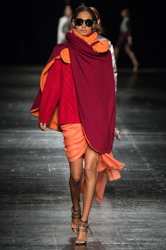 One Look|<b> Prabal Gurung </b>