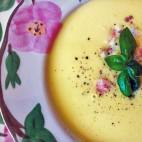 <em>sweet corn soup</em>